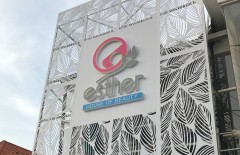 acp-laser-cut-wall-cladding-3d-letterbox-acrylic-yang-manis-untuk-esther-house-of-beauty-esther - Web design surabaya