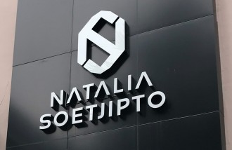 natalia-soetjipto-3d-letter-timbul-acrylic-with-led-lamp-at-waterplace-pakuwon-surabaya - Web design surabaya